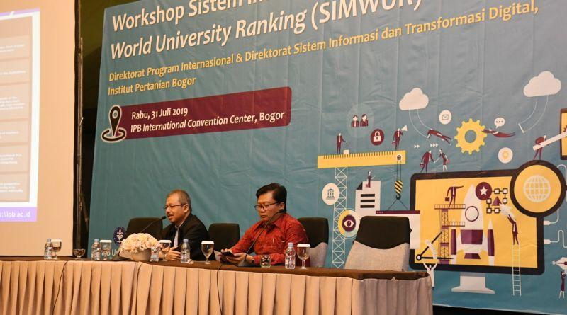Pelatihan Penggunaan Sistem Informasi Manajemen Data World University Ranking (SIMWUR)