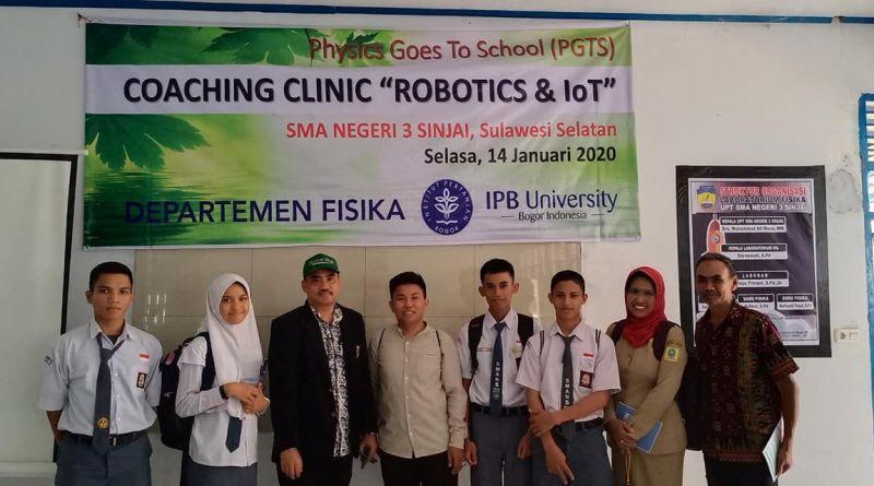 Departemen Fisika FMIPA IPB Berikan Coaching Clinic Robotics & IoT di Sinjai dan Bulukumba